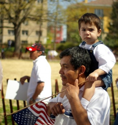 Fi2W Podcast: For Latino Voters it's Immigration & the Economy, Not Necessarily in that Order