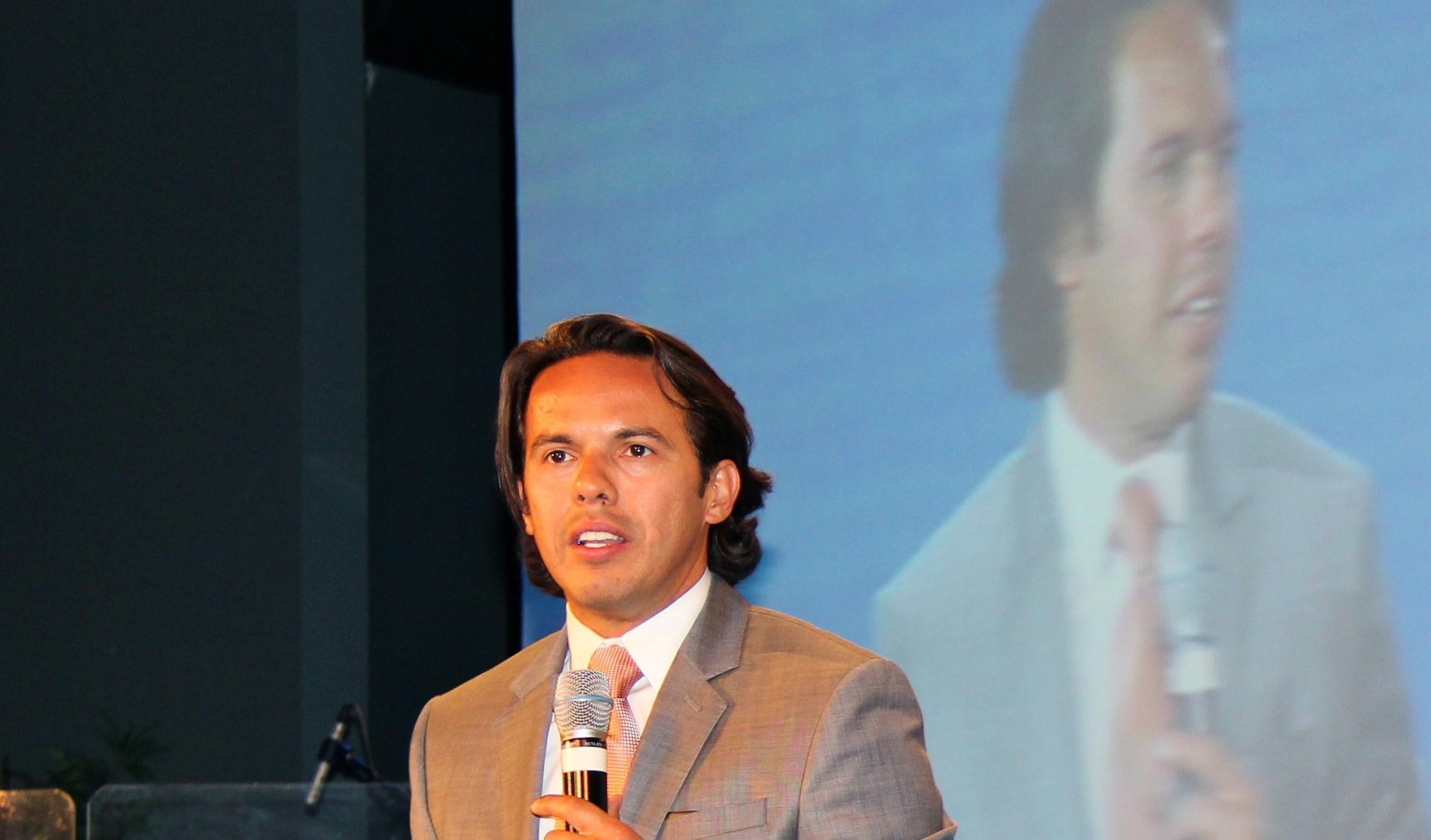 Rev. Samuel Rodriguez9