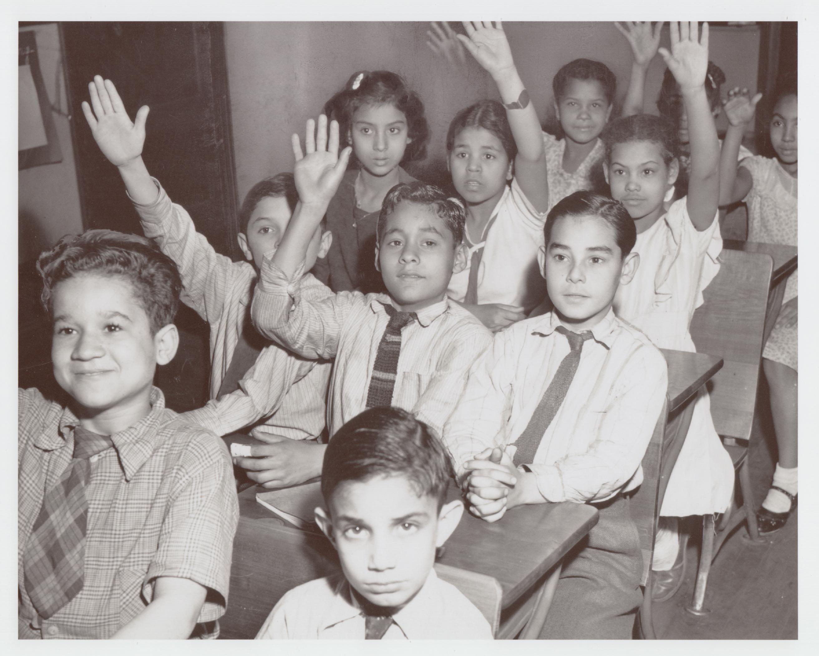 LatinoAmericans-Ep4-Classroom