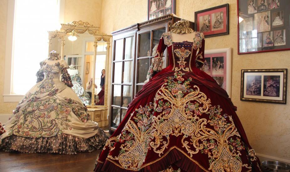 ball gowns Laredo