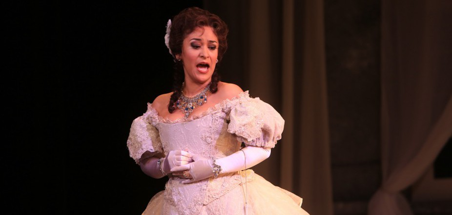 Cecilia Lopez: From Soap Opera to Opera
