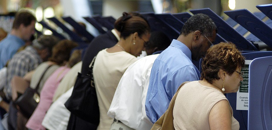 Latino Voters Go To The Polls Early In Florida