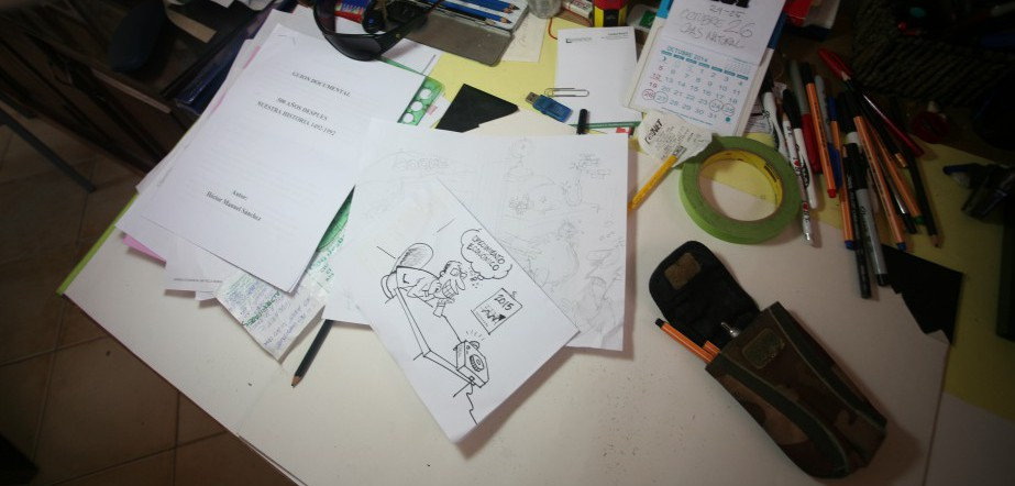 Cristian Hernandez's desk