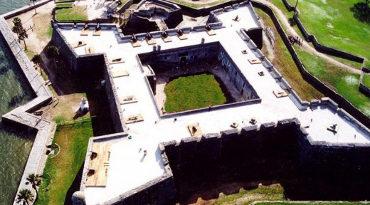 Castillo_de_San_Marcos+-+Wikipedia-e1399050852483
