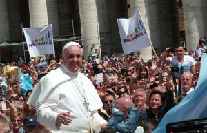 1024px-Pope_Francis_among_the_people_at_St._Peter's_Square_-_12_May_2013