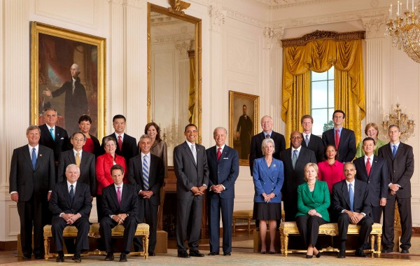 President_Barack_Obama_with_full_cabinet_09-10-09