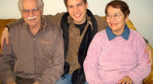 aaron+abuelos+photo