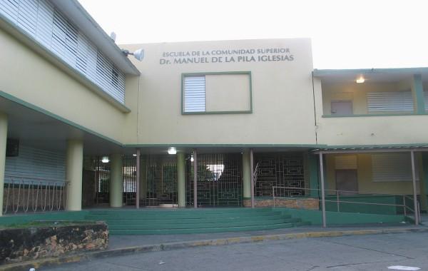 IMG_2735_-_Dr._Pila_High_School,_Barrio_Canas_Urbano,_Ponce,_Puerto_Rico
