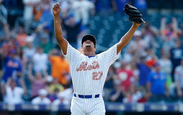 NEW YORK, NY - MAY 25: Jeurys Familia #27 of the New York Mets celebrates after deafeting the Philadelphia Phillies at Citi Field on May 25, 2015 in Flushing neighborhood of the Queens borough of New York City. Mets defeated the Phillies 6-3. (Photo by Mike Stobe/Getty Images)